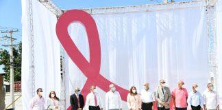 El Lazo de Vida ubicado en Plazona es un homenaje a las mujeres que luchan en la prevención del cáncer de mama.
