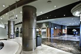 Hotel Crowne Plaza Barcelona-Lobby area | Viajes de negocios, Hotel