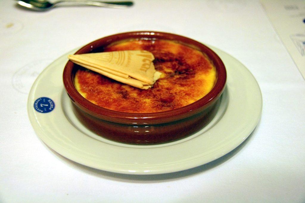 Dulce Típico  Crema Catalana by Holidu