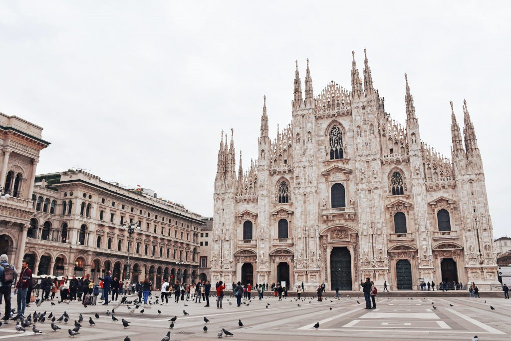 Catedral de Milan  by Holidu