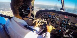 Piloto de avión, una carrera con gran salida laboral