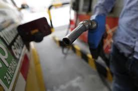 Suben precio de todos los combustibles; Gobierno lo atribuye a subida del  petróleo - N Digital