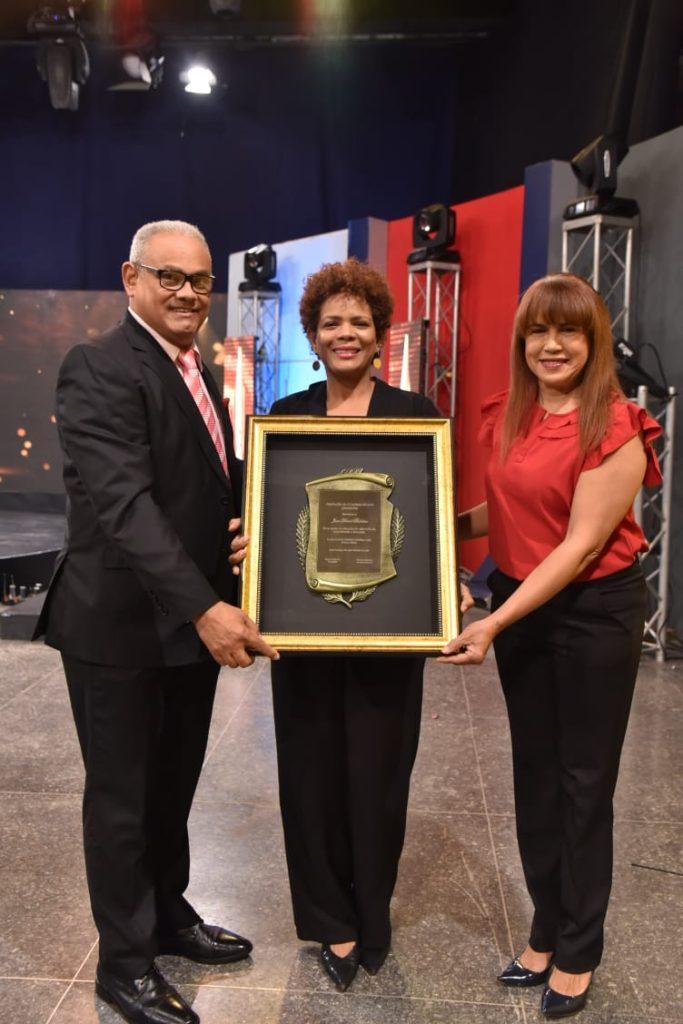 Alexis Beltré , Marivell Contreras y Yamira Taveras