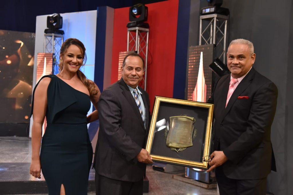 Wanda Sánchez, Alberto Caminero y Alexis Beltré premio al mérito 2020
